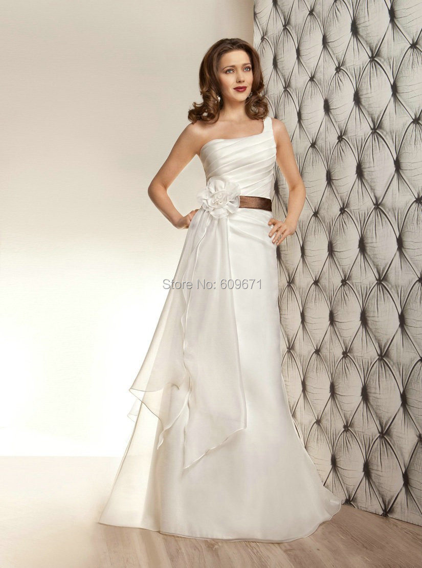 Dramatic wedding dresses 2015 low price charming bridal for Low price wedding dresses