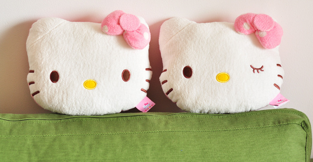 Animal Pillow Relaxation : Kawaii Hello KITTY CAR Driving Relax Pillow ; Car Cushion Pillow Home Car Neck Relax Pillow ...