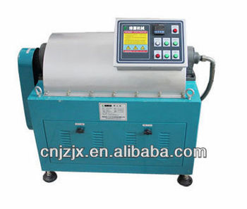 Centrifugal oil separator for cooking oil