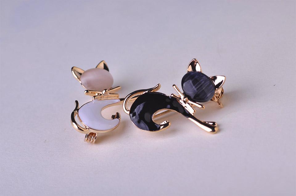Cat In The Hat Beads Bracelet