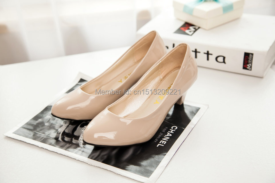 Soft leather women's single shoes dwarf round toe low-heeled pumps black small mother ol - AJ Sports Wear store