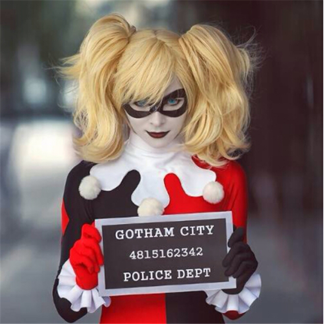 ! Fahion Style Batman Harley Quinn Short Curly Golden Blonde Party Cosplay Wig Heat Resistance Cheap Hair Wigs - Alice fashion sport store