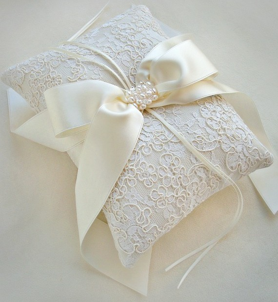 Wedding-font-b-Ring-b-font-Pillow-Handma