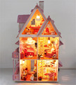 New arrvial DIY Mannequin Doll Home Assemble miniatura Villa Doll House/Wooden DIY hut/ Picket Miniature Dollhouse