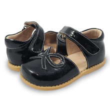 TipsieToes トップブランド 100% ソフトレザー弓で夏新少年少女子供ビーチスポーツサンダルファッション sandali(China)