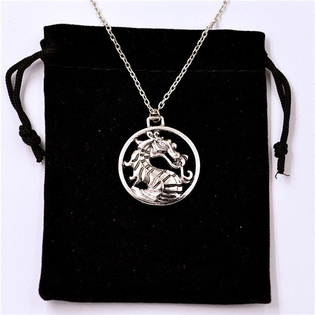 2015 New Fashion Mortal Kombat Vintage Charms Silver Dragon Amulet Chain Necklace Gift(China (Mainland))