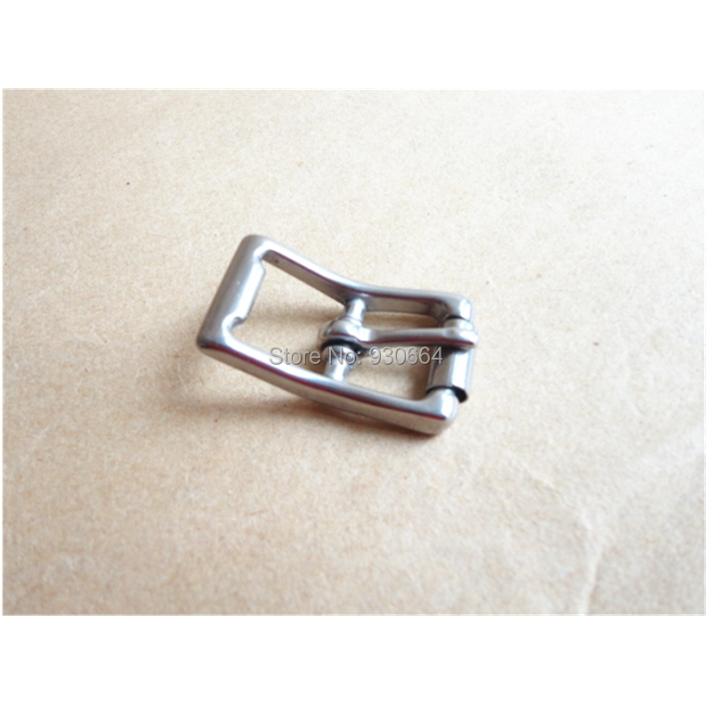 20PCS/Lot Stainless Steel Pin Buckle With Roller Wholesale Inside Width 17 mm Buckle For Shoes Clothes W036(China (Mainland))