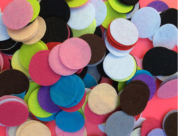 10EXCLUSIVE Supply 6 Colors 25mm Essential Oil DIffuser Locket Refill Pads - Jewelry store