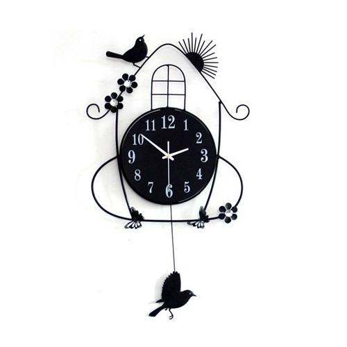 gz044 HOT 1pcs European Modern Art Decorative metal wall clock Rural Character Mute Metal Wall Decor battery Clock