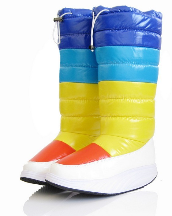 2013Fashion winter models Rainbow boots candy-colored waterproof boots thick cake healthy glossy snow boots women cotton shoes(China (Mainland))