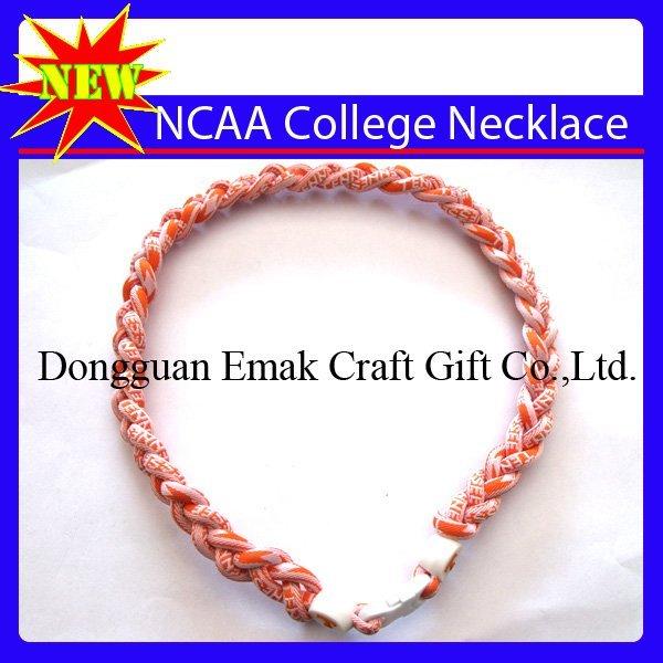 "Tennessee Volunteers VOLS UT 21"" NCAA Titanium Single Core Sport Necklace"