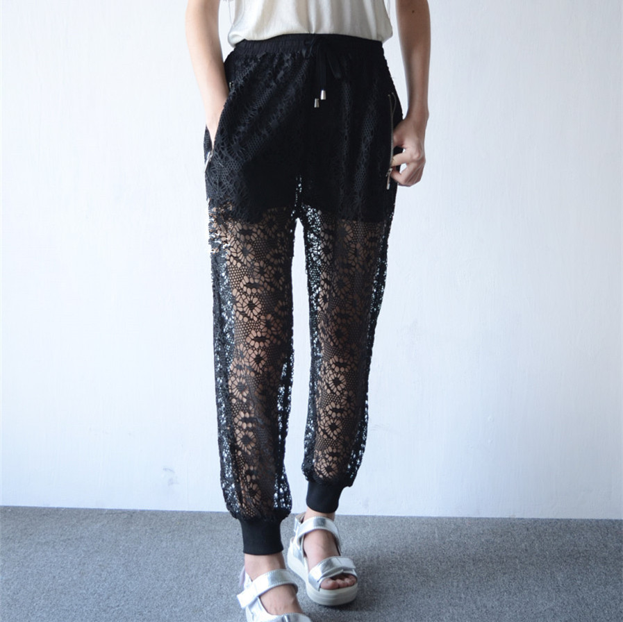 2015 Summer Korean wild fashion Crochet Lace Perspective Nine Bloomers Tenths Pants Knickers Japan Style Black Culottes Trousers(China (Mainland))