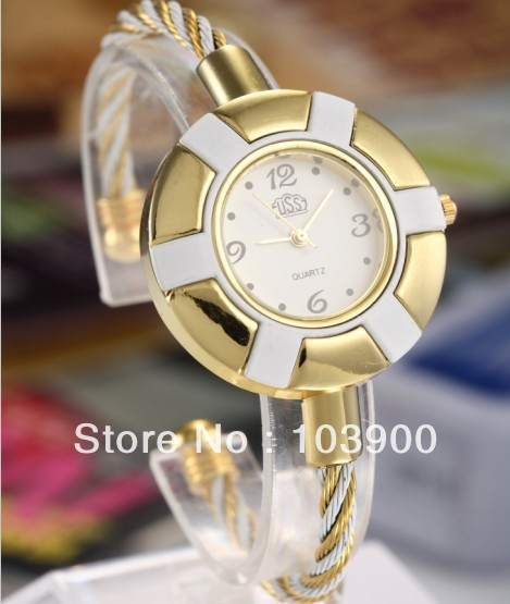 Drop Shipping Fashion Gift Wristwatch Womens Bracelet Watches With Round Dial Analog Quartz Hours White <br><br>Aliexpress