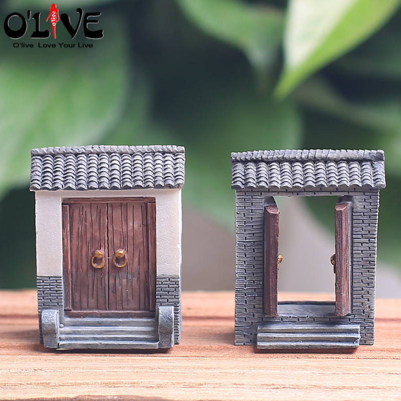 Mini Door Kawaii Resin Cabochon DIY Crafts Miniature Fairy Garden Accessories Micro Landscape Bonsai Terrarium Figurines Gift(China (Mainland))