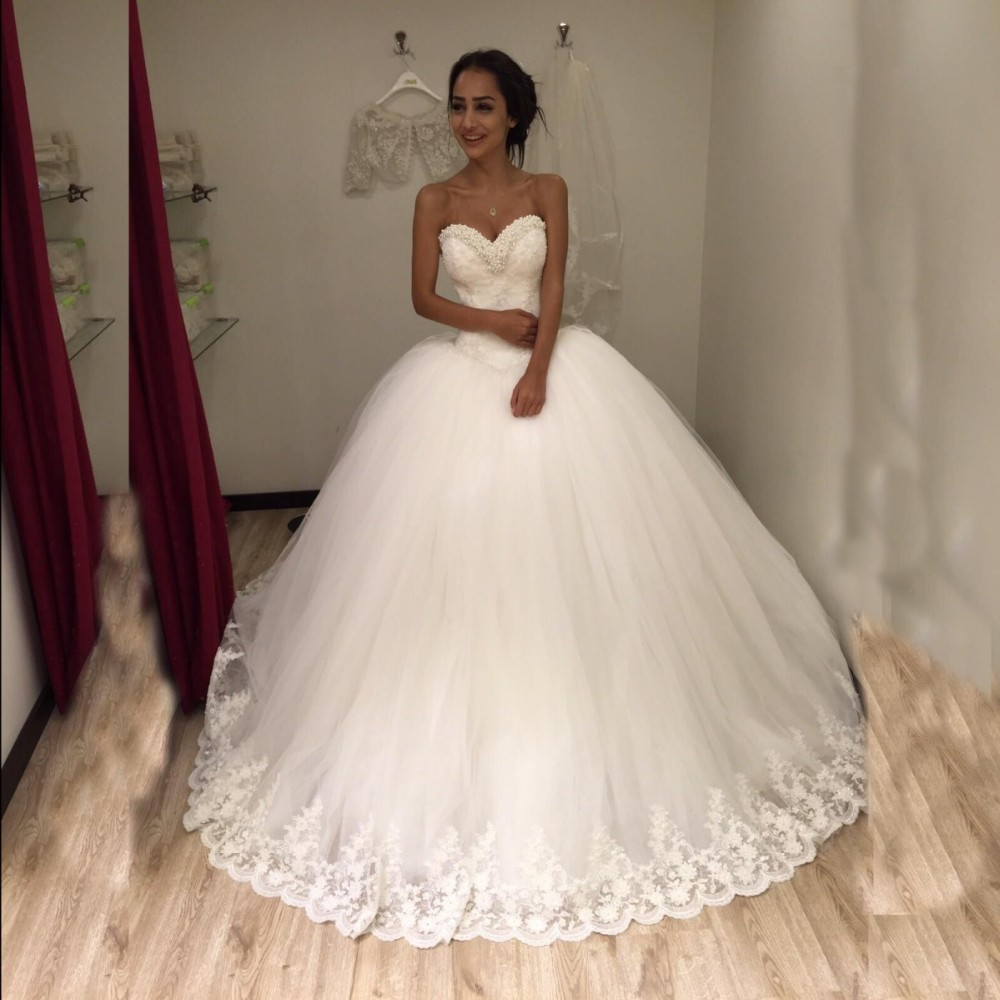 Luxury ball gown princess wedding dresses sweetheart for Big tulle ball gown wedding dress