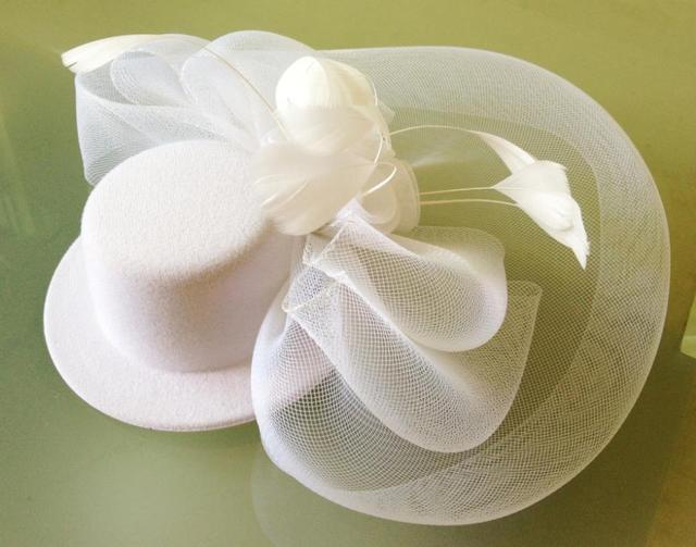 Vintage Fascinator Mini Hat With Birdcage Veil Feather Party Headdress Headwear Fixed With Hair Grips 3 Color WIGO0032