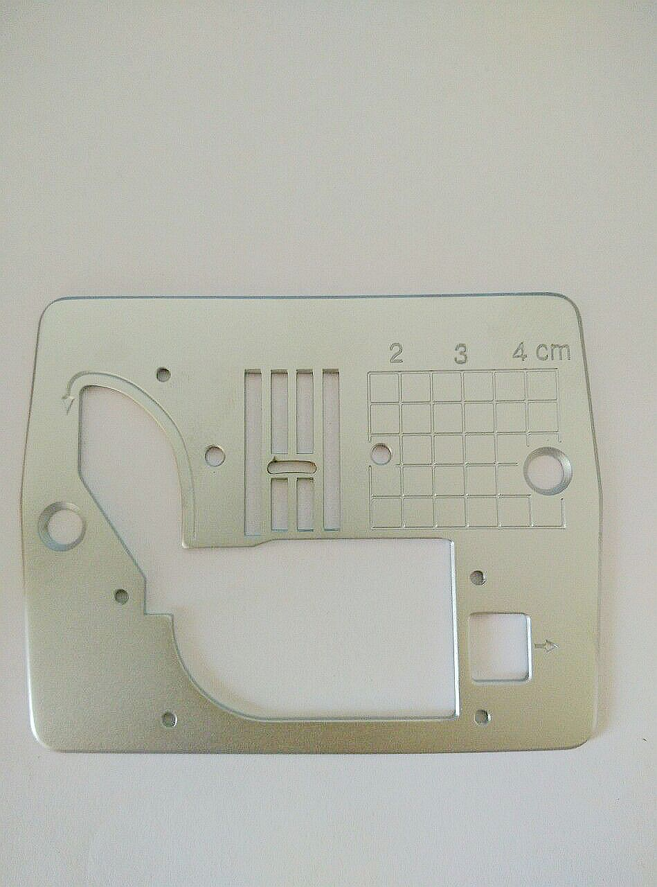 sewing machine throat plate
