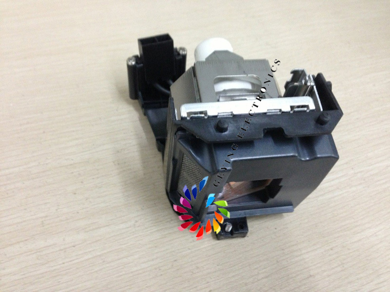 product Original projector lamp AN-XR30LP / SHP 110  for projector PG-F15X/PG-F2/PG-F200X/ PG-F211X/ XG-F210/XG-F260X  with high quality
