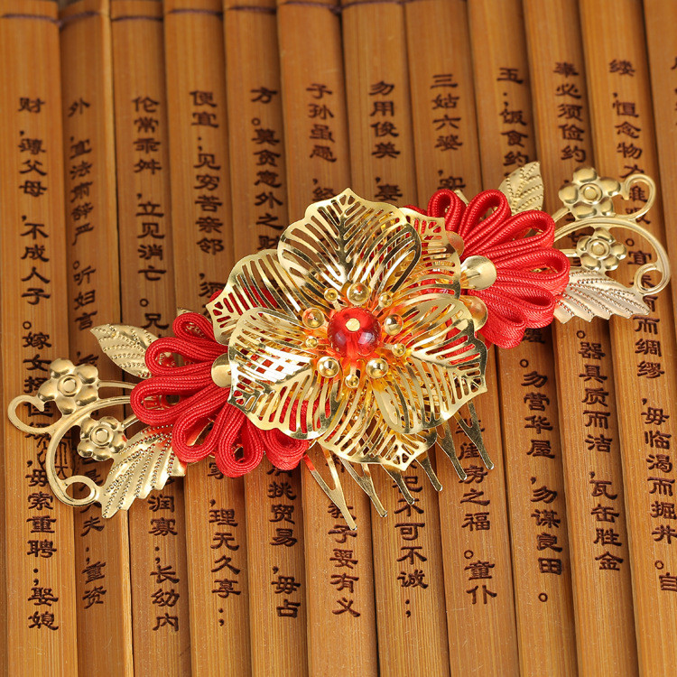 3pcs/lot Free Shipping Chinese Vintage Palace Style Wedding Bride Accessories Handmade Hair Combs Red Bead Hollow Flower Tiaras(China (Mainland))