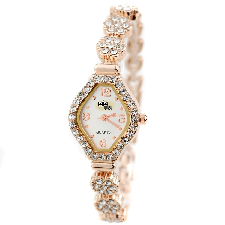 2015 Promotion Real Women Cartoon Watch Diamond Bracelet Watch Fashion Quartz Elegant Ladies Manufacturers And Wholesale Dealers(China (Mainland))
