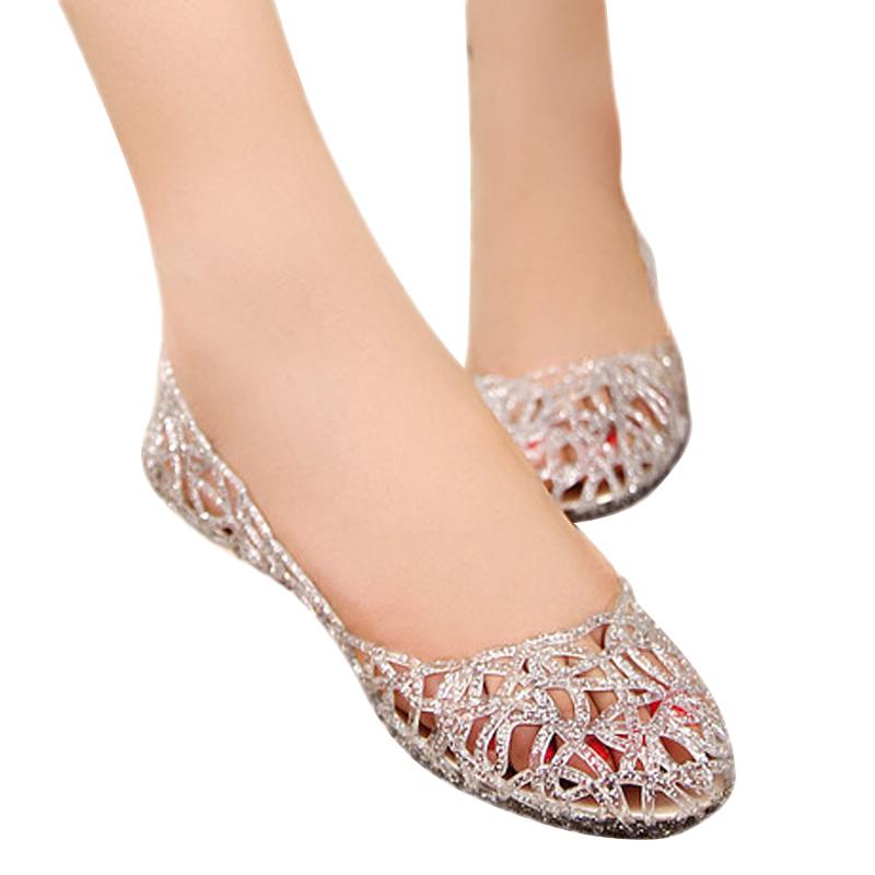 women sandals 2016 flat heel breathable sandals crystal fretwork sandalias mujer flip flops beach shoes 2016 new spring DT136<br><br>Aliexpress