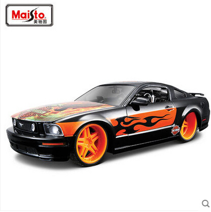 Maisto 1:24 2006 Mustang GT H-Davidson special Black Diecasts Collection Scale Car Models(China (Mainland))