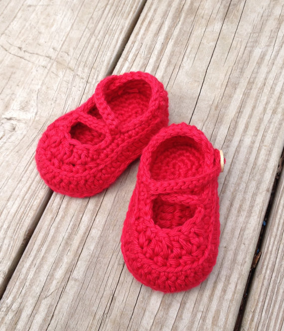 Crochet Baby Booties,Crochet Baby Shoes, Baby Baptism,Crochet Red Baby Girls Shoes,Infant Toddler shoes(China (Mainland))
