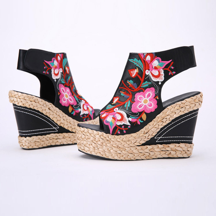 The new tide of ethnic womens shoes embroidered shoes high wind with straw wedge sandals<br><br>Aliexpress