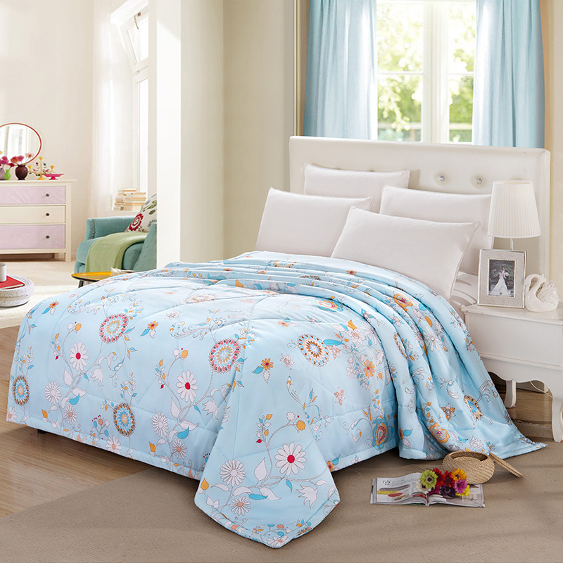 150x200cm 180x200cm 200x230cm bed quilts fashion printed cotton material filling silk air conditioning mechanical wash quilt(China (Mainland))