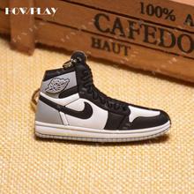 HowPlay mini zapatillas llaveros jordan 1 bolso encanto zapato de baloncesto modelo llavero AJ1 mochila colgante llavero regalos creativos(China)