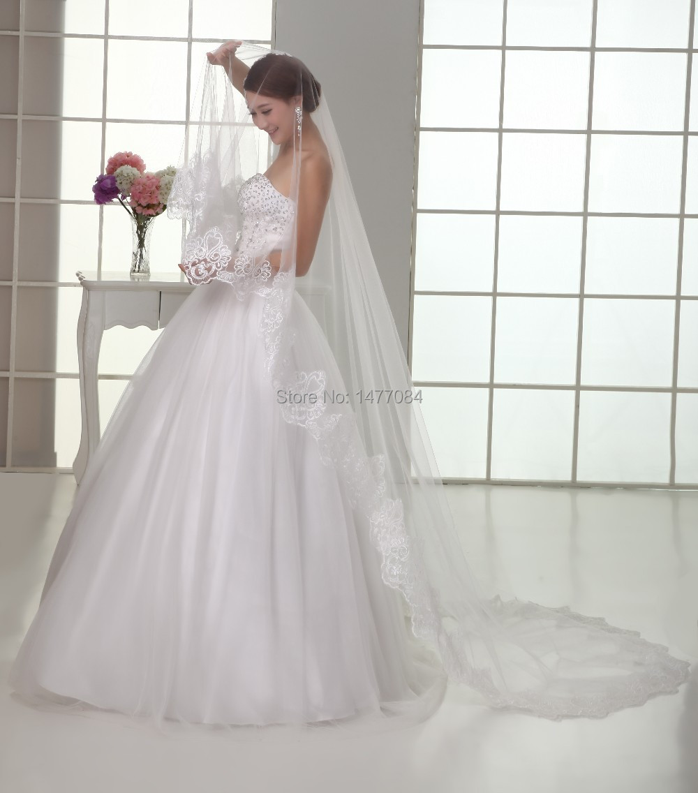 Free Shipping,Wedding dress wholesale/retail 100% lace edge about 3M long wedding veil/bridal veil/bridal accessories/head veil(China (Mainland))