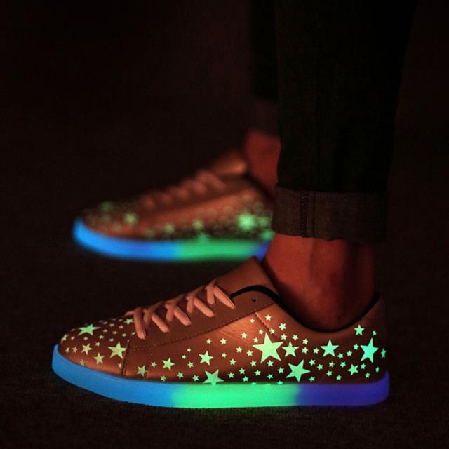 Люминесцентные Обувь 2015 Звезда Мужчины Женщины Мода Светящиеся Повседневная Обувь ...