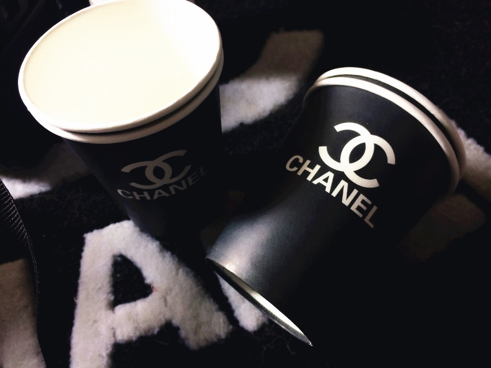 New arrival fashion brand logo cups paper Disposable cups 50 pieces/lot(China (Mainland))