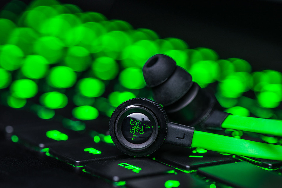 2016 New Razer Hammerhead V2 Pro Earphone With Microphone No Retail Box In Ear Gaming Headsets Noise Isolation Stereo Deep Bass
