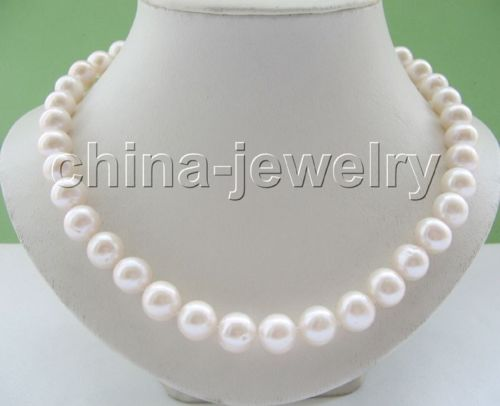 Free shipping &gt;&gt;&gt;&gt;&gt;AAA luster 1812mm natural white round freshwater pearl necklace<br>