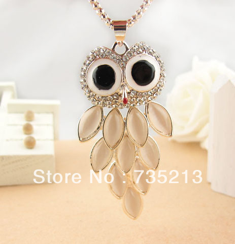Exquisite fashion,The owl Sweater Pendant Exquisite Color Ornaments,Speed to panic buying(China (Mainland))