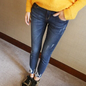 Cheap price 2015 new hole jeans K496 fashion women high quality stretchy slim fitting casual street trousers(China (Mainland))