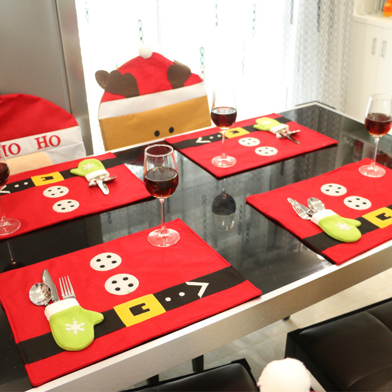 christmas stockings placemats knife and fork mat christmas. Black Bedroom Furniture Sets. Home Design Ideas