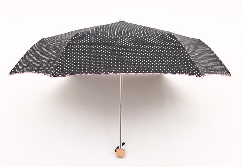 Dots Style Women Three Folding Manual Handy Rain And Sun Umbrella 250g  Small Light Ladies UV Lace Parasol Windproof   Us389