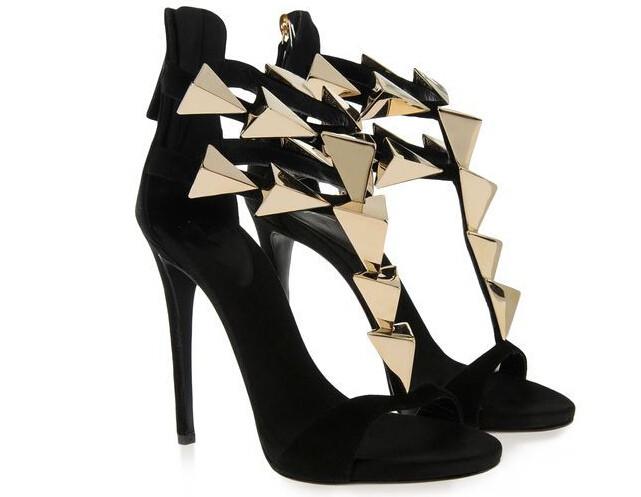Фотография new design black khaki gold triangle metal decoration summer sandals T-strap party shoes woman