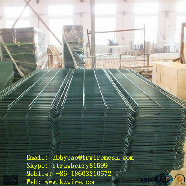 100 Pieces Curved Wire Mesh Fence Panel In A Bale ( Dark Green )(China (Mainland))