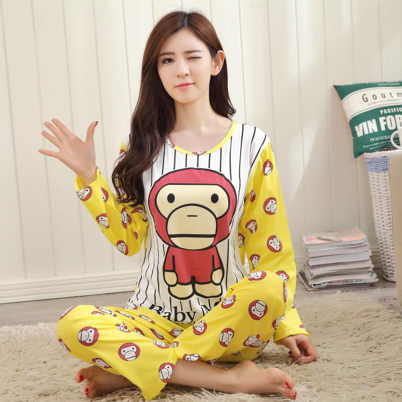 The new fashion simple and lovely milk silk long-sleeved girl home service pajamas suit (M-XL) yellow, green(China (Mainland))