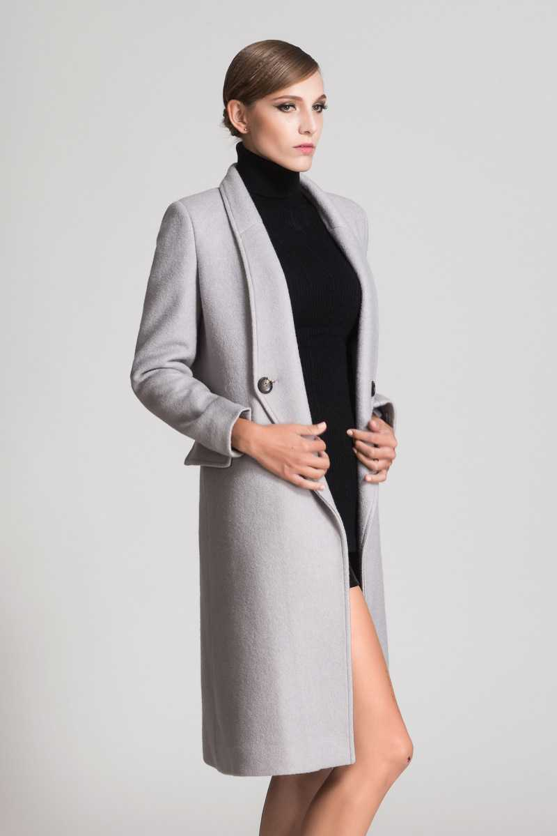 Women's long wool coat – Modern fashion jacket photo blog