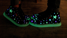2015 New Specials hot Selling emitting luminous casual shoes men women couple LED lights shoe fashion sneakers Fluorescence(China (Mainland))