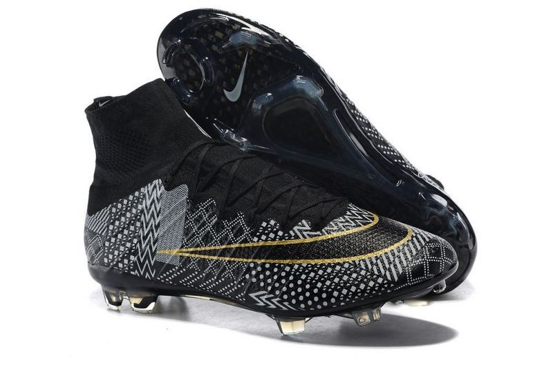 2015 Men's FootbAll Cleats BoOts 100% Original SoccEr SpoRt ShoEs Black White Gold Original Box Size 39-45(China (Mainland))