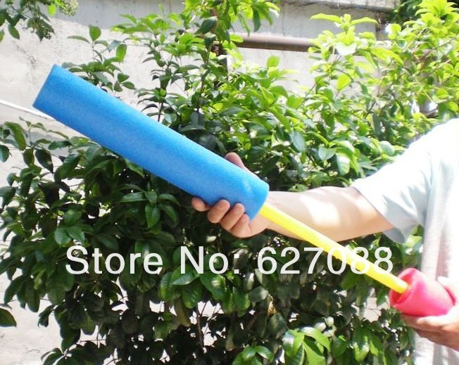 1 piece Soft Safe pump EVA water gun squirt Floating Water Cannon Foam Gun summer toy Expand Creative(China (Mainland))
