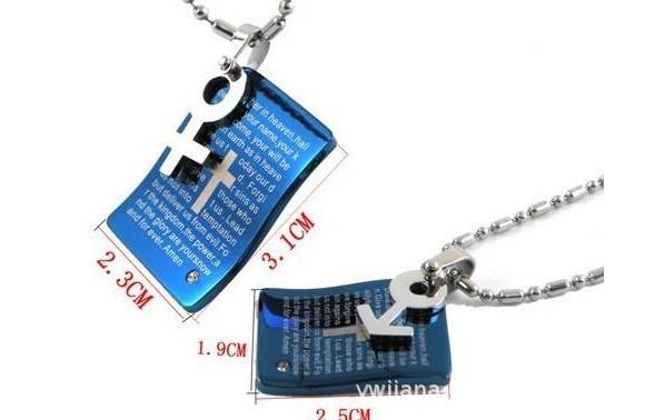 Corea moda hombres , niños y mujeres azul unisex del flash carta símbolo de titanio biblia colgante de acero inoxidable de venta al por mayor x2982(China (Mainland))