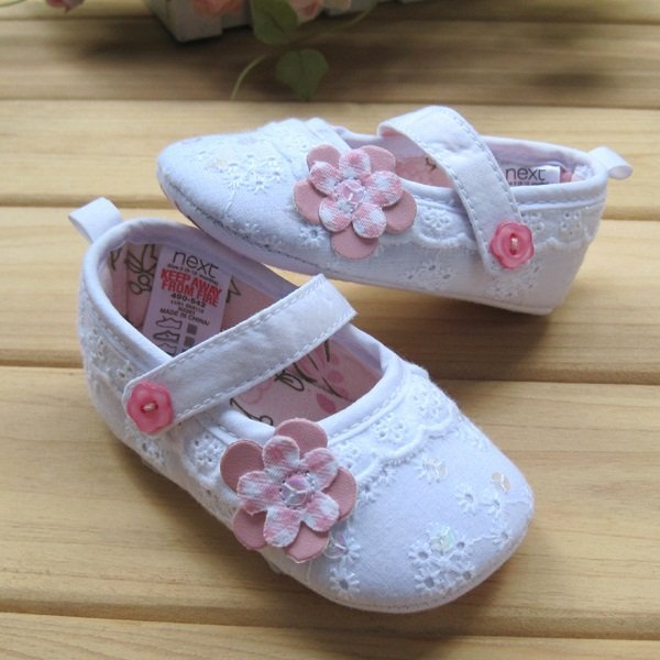 Baby girls embroidery flower princess toddler shoes prewalker infant booties high quality brand shoes 3pairs/lot Q142