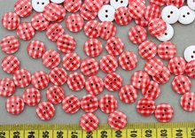 500pcs Resin chequer Round 2 holes Children Candy Buttons 13mm gingham print laser print resin smooth touch