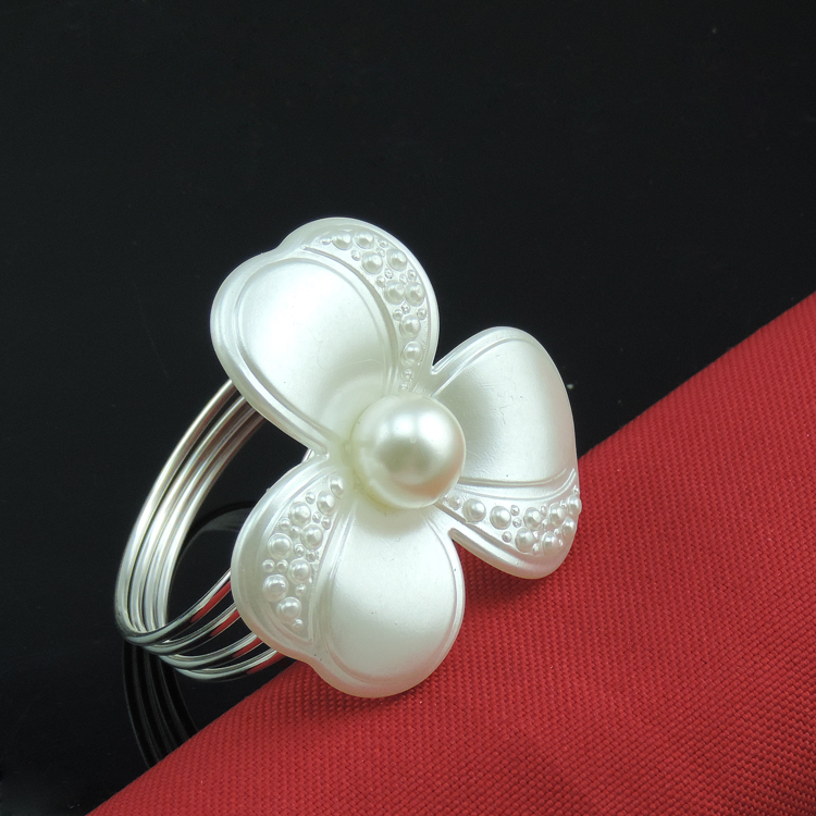 Tangpan 12Pcs Napkin Ring Pearl Napkin Rings for Weddings Pearl Napkin Rings shiny